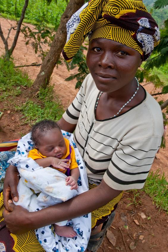 A new mother in Rwanda. Photo by Landesa land tenure specialist Deborah Espinosa